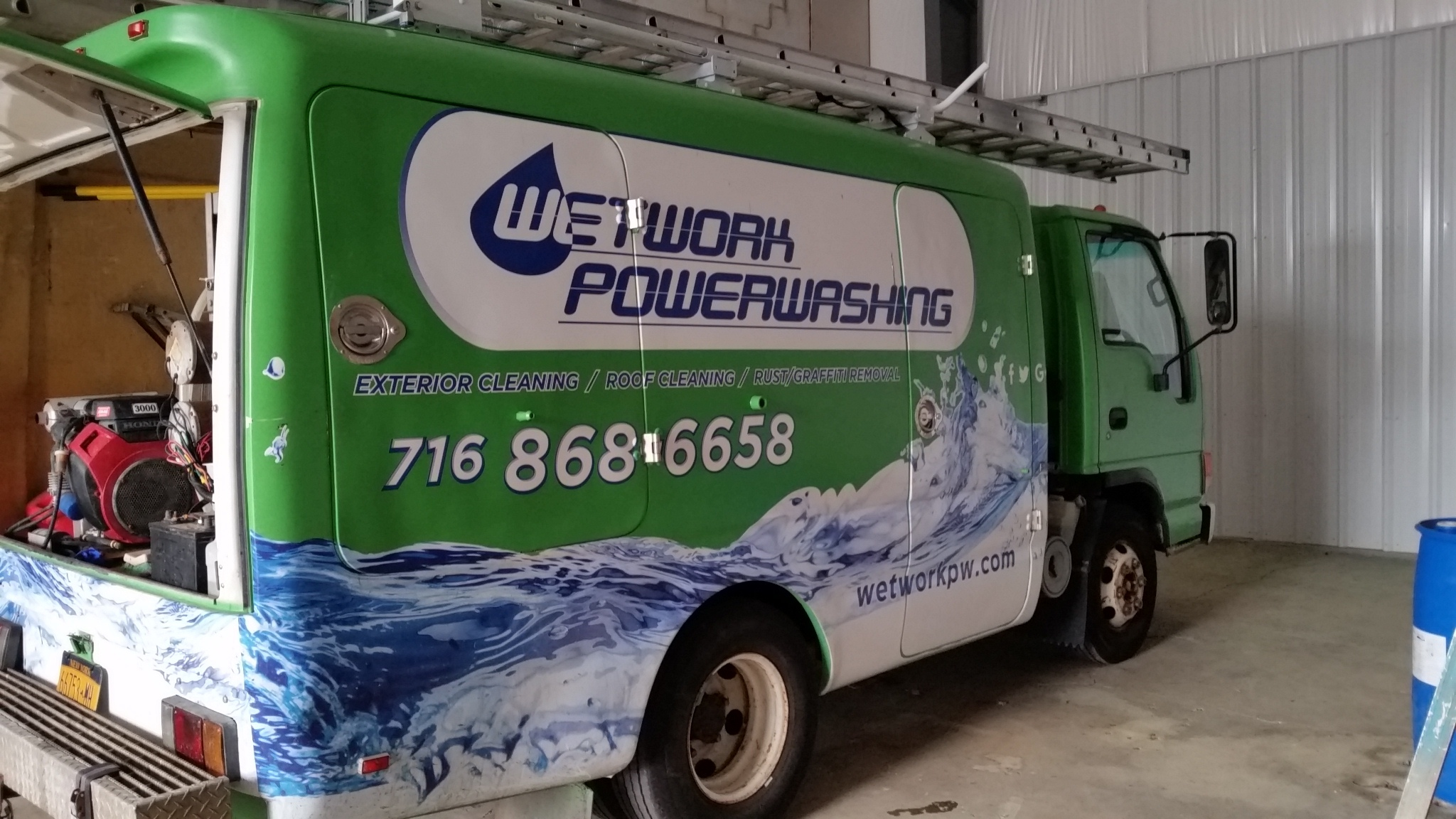 Equipped wash truck for sale STAND OUT Supplies & Equipment